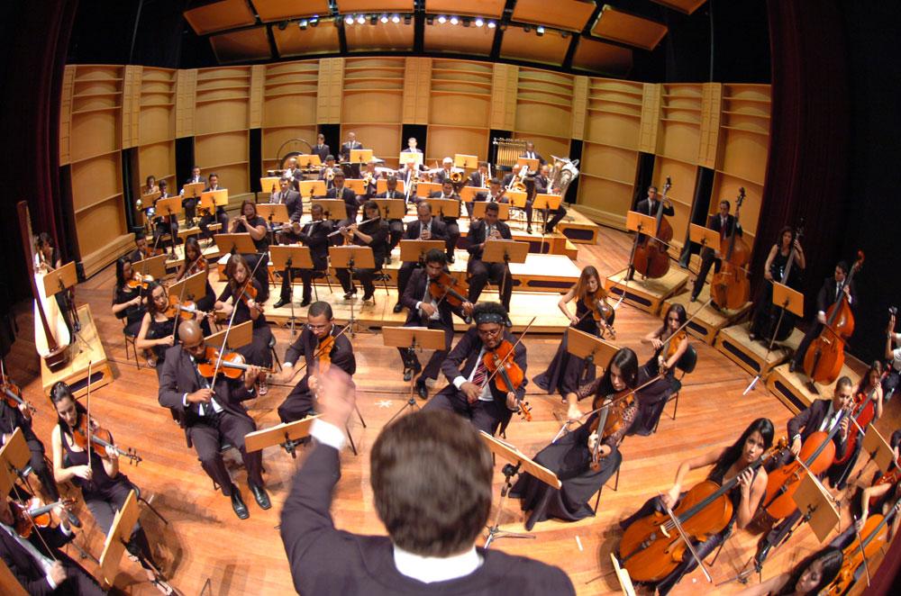 Resultado de imagem para orquestra